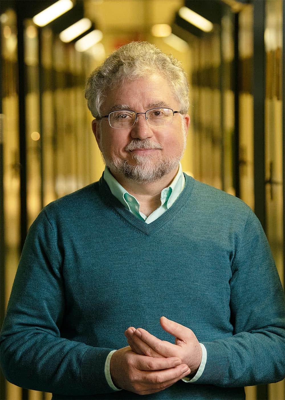 Historian Roger Horowitz