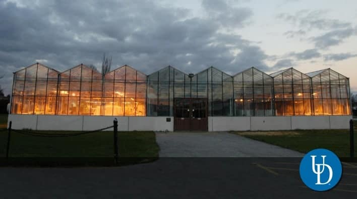 Fischer Greenhouse and the Growth Chamber Facility